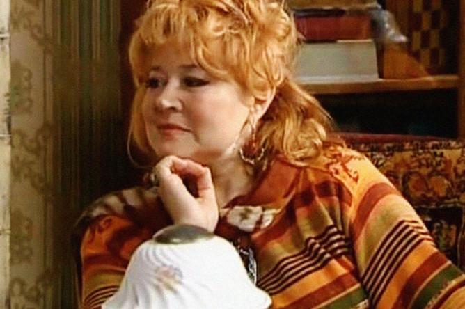 Людмила Мальцева в сериале «Прапорщик Шматко, или Ё-моё» (2007)