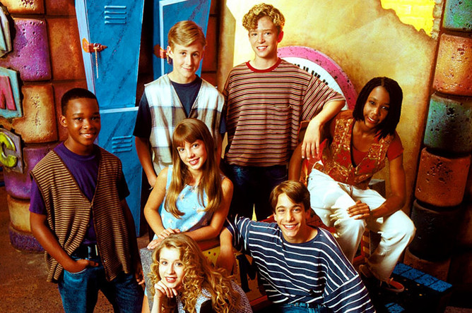 Джастин Тимберлейк, Бритни Спирс, Кристина Агилера и Райан Гослинг в детском шоу «Клуб Микки-Мауса»
