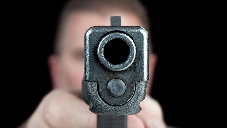Стрелявший в полицейских в Филадельфии отказался сдаваться