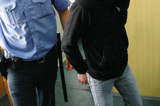 Полицейские задержали группу антифашистов, обстрелявших националистов из травматического оружия