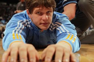 Тимофей Мозгов помог «Денверу» выиграть в третьем матче выставочного сезона