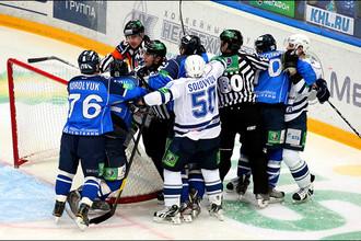 Обладатели Кубка Гагарина расклеились после отъезда лидеров в НХЛ