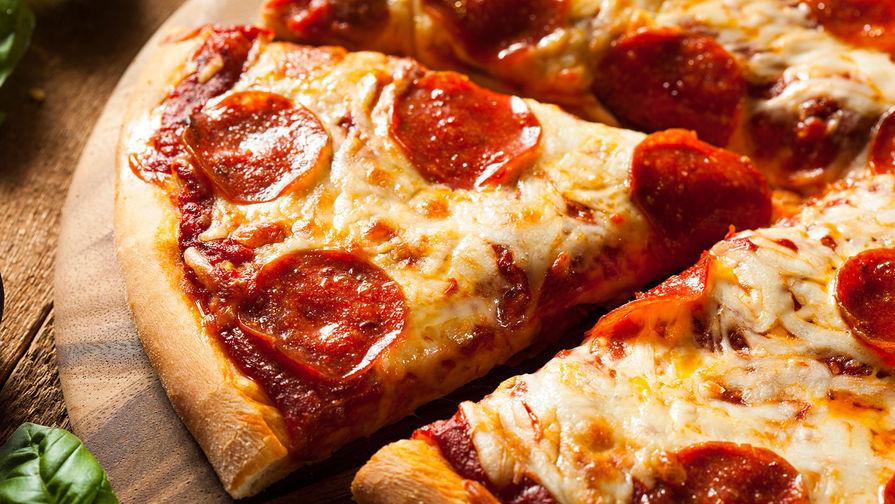 В США использовали пиццу для объяснения разрушительного влияния «агентов России»