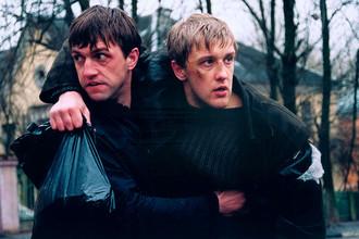 Владимир Вдовиченков и Сергей Горобченко в картине «Бумер» (2003)
