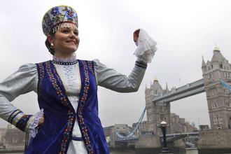 В Лондоне гремят русской посудой