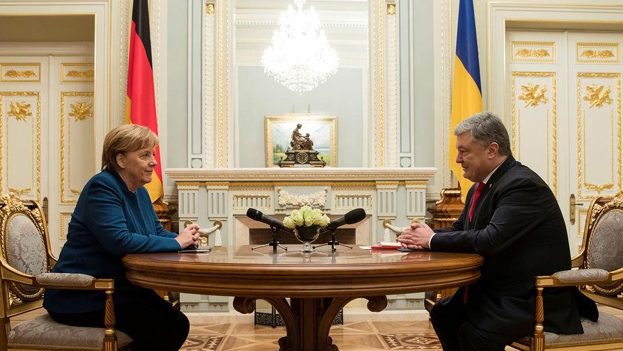 В Раде Меркель обвинили в потере Украиной Крыма