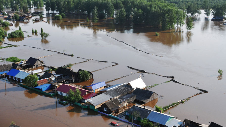 Штормовое предупреждение объявлено в Приморье