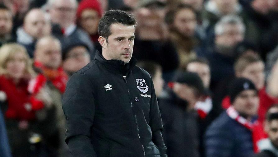 Бывший главный тренер «Эвертона» Марку Силва на матче с «Ливерпулем»