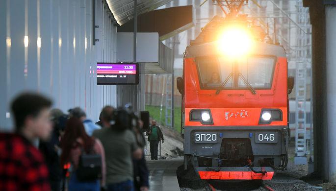 Почему в Москве усиливают контроль за соблюдением антиковидных мер