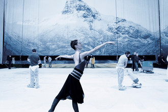Кадр из фильма «Парижская опера» (2017)
