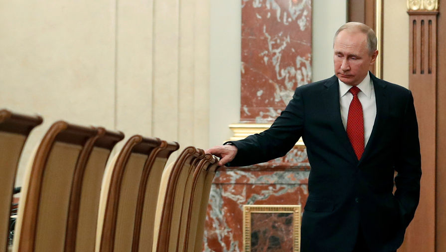 В Кремле сообщили о самочувствии Путина после контакта с больными COVID-19