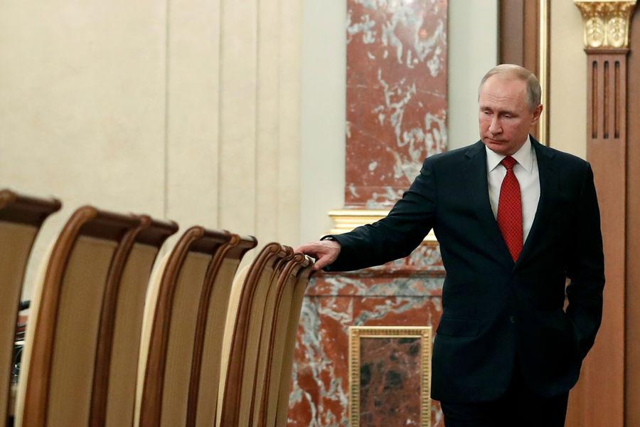 Песков рассказал, как проходит самоизоляция Путина - Газета.Ru | Новости
