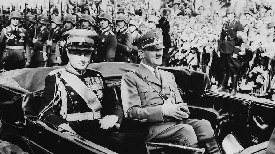 Принц-регент Павел Карагеоргиевич и Адольф Гитлер во время визита югославского регента в Германию, 1939 год