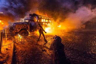 Кадр из фильма «Украина в огне» (2016). Режиссер Оливер Стоун