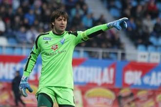 38-летний голкипер «Динамо» Алксандр Шовковский провел очередной «сухой» матч