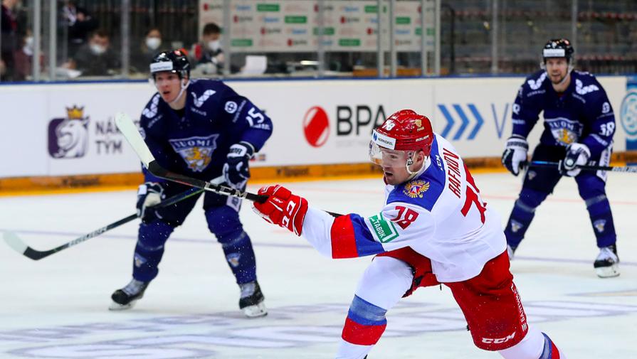 Эпизод матча Россия- Финляндия на Еврохоккейтуре