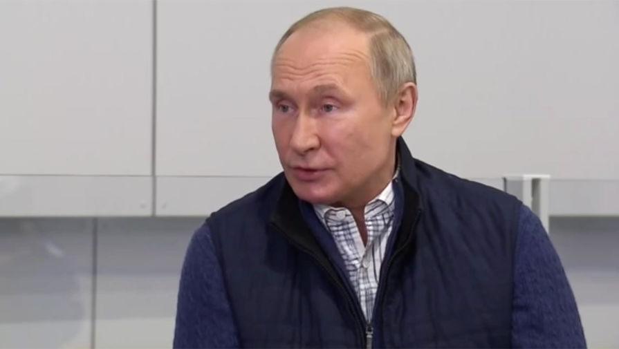 Путин заявил об ответственности России перед миром в помощи с вакцинацией