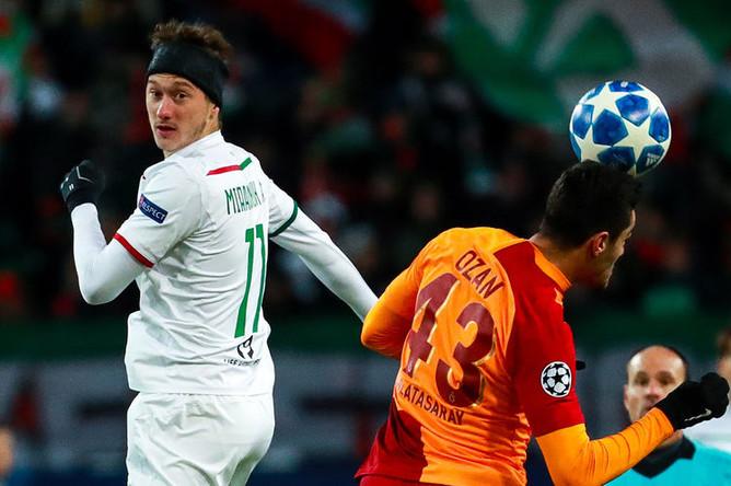Во время матча группового этапа Лиги чемпионов УЕФА между командами «Локомотив» (Россия, Москва) и «Галатасарай» (Турция, Стамбул), 28 ноября 2018 года