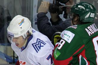 Евгению Малкину в КХЛ приходится тяжело