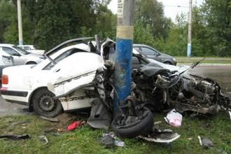 Фонарные столбы часто доставляют неприятности автоводителям