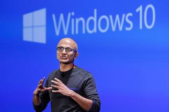 Глава Microsoft Сатья Наделла на презентации Windows 10