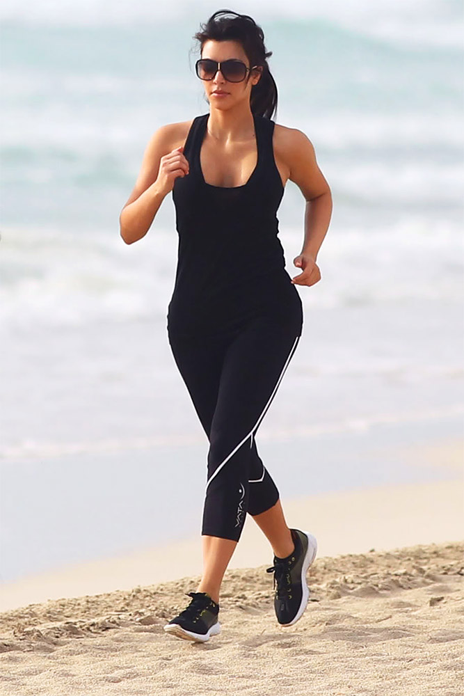 Американская звезда и фотомодель Ким Кардашян