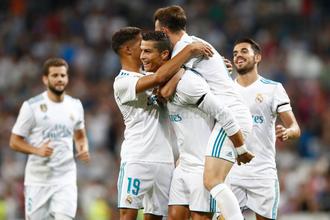 Криштиану Роналду празднует гол в ворота «Фиорентины» в товарищеском матче за «Трофей Сантьяго Бернабеу»