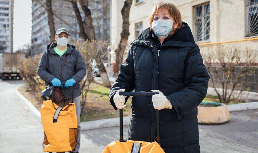 ВЦИОМ: 74% россиян считают помощь волонтеров при COVID-19 существенной