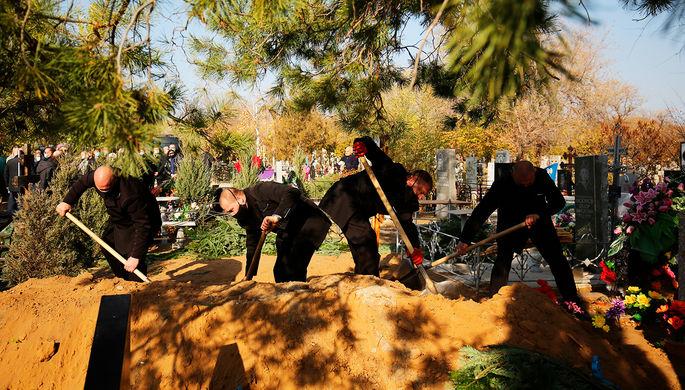 В Госдуме намерены снизить стоимость ритуальных услуг