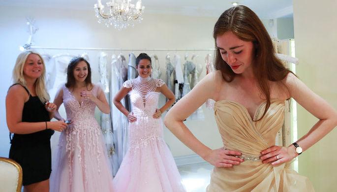 Потанцуете в Москве: из-за «Новичка» отменен русский бал в Лондоне