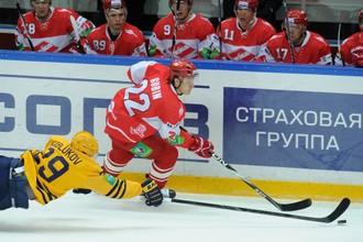 «Атлант» разбил «Спартак» на своем льду