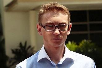Налоговый консультант из Москвы обвинен в Сингапуре в угрозе взорвать самолет