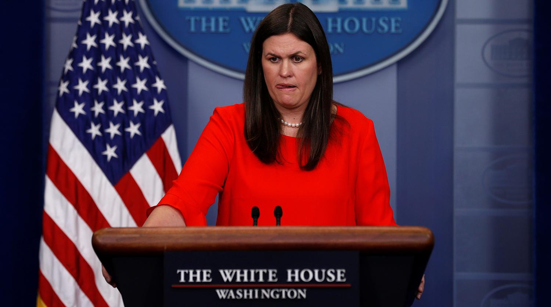 Трамп объявил об отставке своего пресс-секретаря