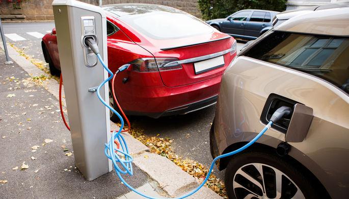 Отмена пошлин: как Россия заводит электромобили