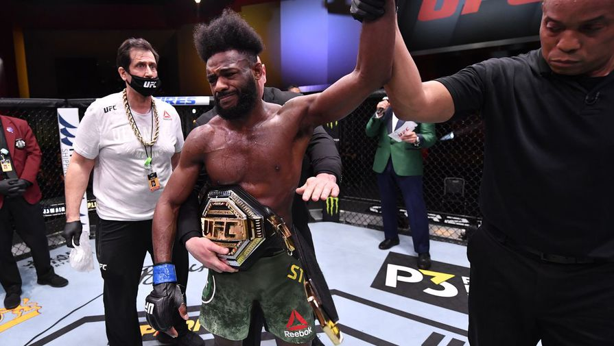 Алджамейн Стерлинг после боя с Петром Яном на UFC 259