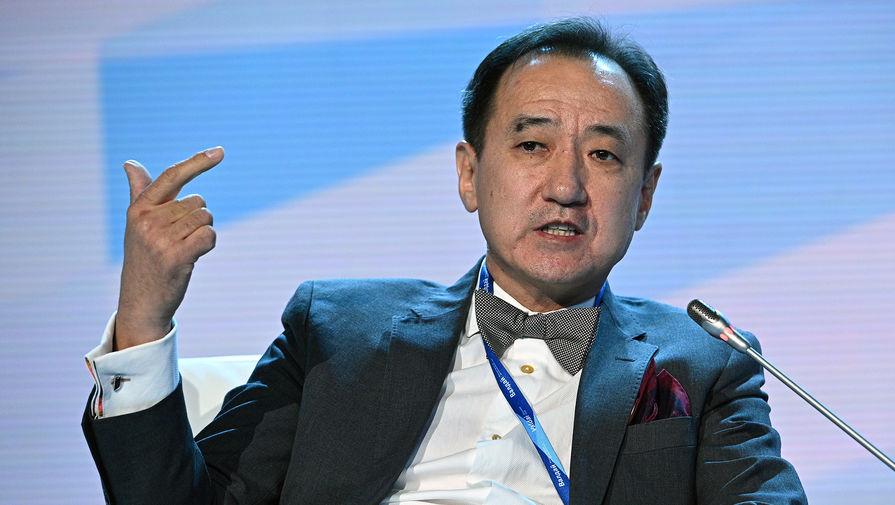 Монгольский политик предложил запереть мировых лидеров со 100 граммчиками для решения всех проблем