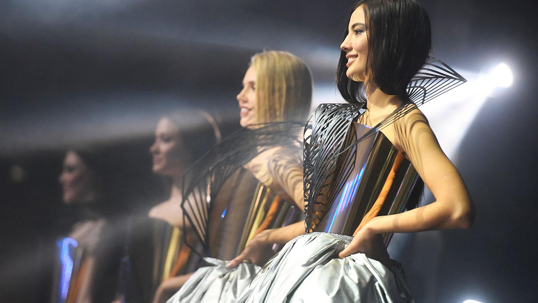 Работа девушке моделью менделеевск работа модели для юношей