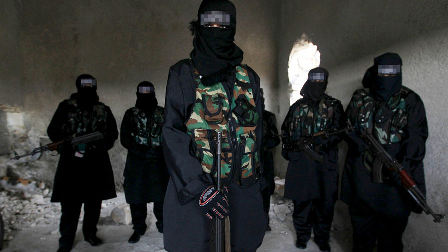 Офицер Минобороны получил 19 лет колонии за участие в ИГ