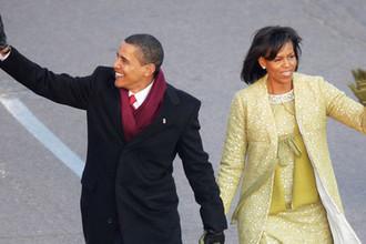 Президент США Барак Обама и его супруга Мишель во время церемонии инаугурации на пост в Вашингтоне, 20 января 2009 года