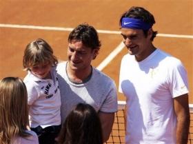 Франческо Тотти с сыном и Роже Федерер