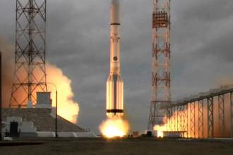 Старт ракеты «Протон» с мексиканским спутником связи