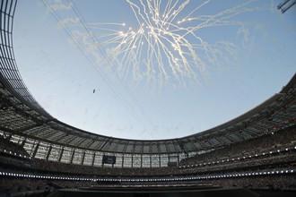 Фейерверк на стадионе в Баку