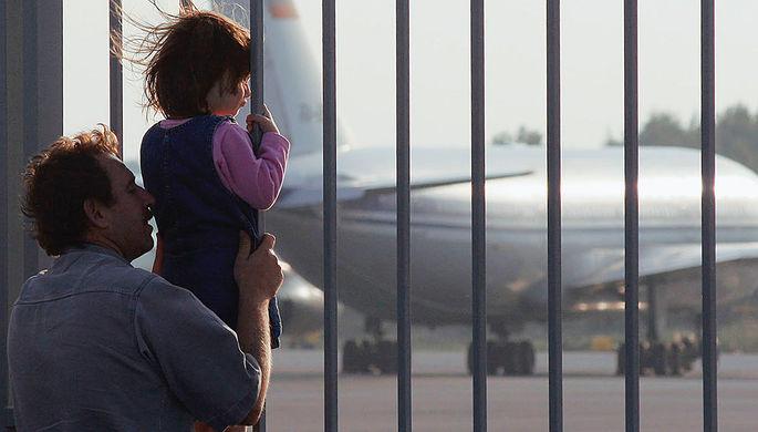 «Нас ждет упадок»: в Киеве требуют возобновить полеты в Россию