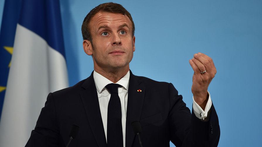 Президент Франции Макрон поздравил сборную с победой на Кубке Федерации