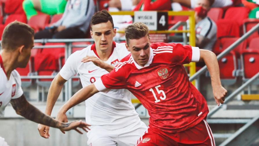 эпизод матча Польша U21- Россия U21