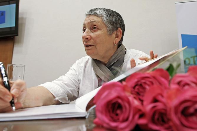 Людмила Улицкая во время лекции в рамках проекта «Открытая лекция» в Калининграде, 2014 год