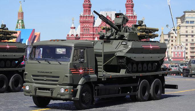 Многофункциональный беспилотный боевой модуль разведки и огневой поддержки «Уран-9»...