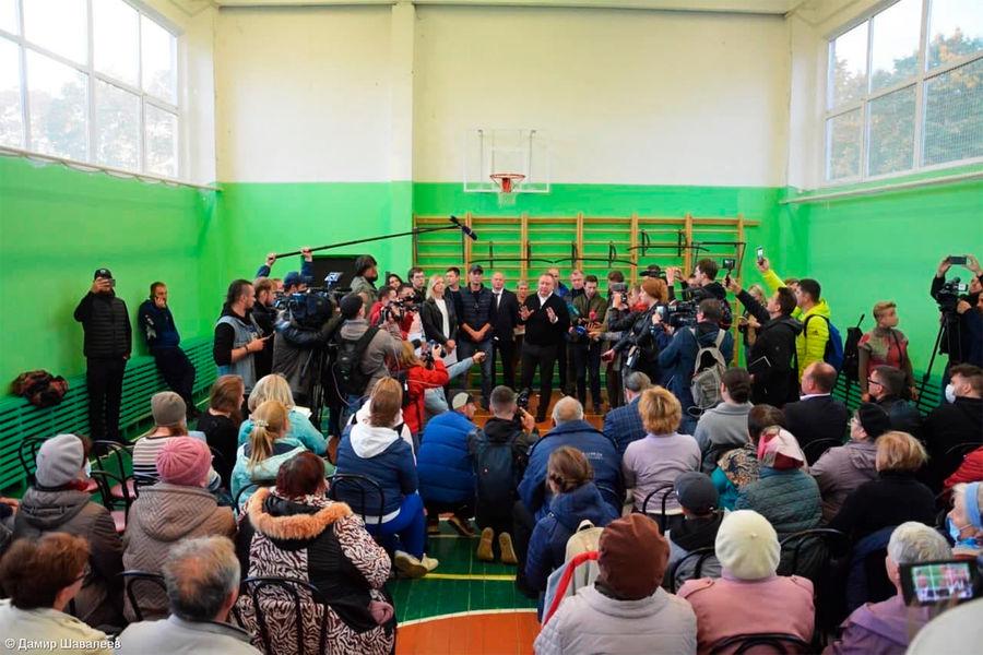 Встреча жителей поселка Бужаниново сглавой Сергиево-Посадского городского округа Михаилом Токаревым, 14 сентября 2021 года