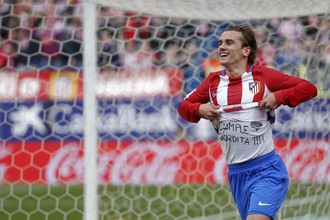 Антуан Гризманн оформил дубль в матче с «Валенсией» и посвятил надпись на футболке своей девушке
