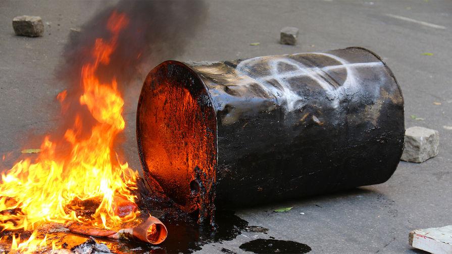 В Хабаровском крае опрокинулись железнодорожные цистерны с нефтью